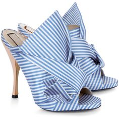 No21 Blue & White Stripe Satin Bow Mules (8.835 ARS) ❤ liked on Polyvore featuring shoes, leather slip-on shoes, stiletto shoes, slip-on shoes, bow shoes and open toe mules shoes