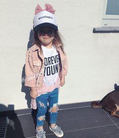 "47.2k Likes, 281 Comments - F A S H I O N © ® (@fashion_cosmopolitan) on Instagram: ""#adorable ✨ Via @charming___fashion by @samegirll Shopping link in bio❤"""