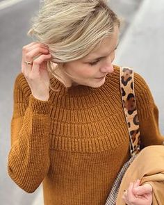 Ravelry: Anker's Sweater - My size pattern by PetiteKnit Magic Loop, Circular Needles, Sweater Knitting Patterns, Work Tops, Stockinette, My Size, Knitting Projects, Turtle Neck, Sleeves