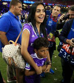 cristiano3a Ronaldo Real Madrid, Cristiano Ronaldo Cr7, Cr7 Jr, Portugal National Football Team, Cristano Ronaldo, Football Girls, Juventus Fc, Football Pictures, Champions