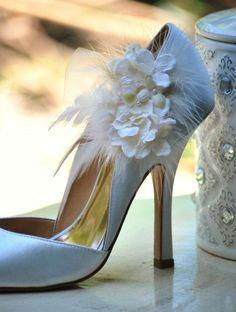 shoesies / shoe clips From Sofisticata. http://sofisticata.etsy.com