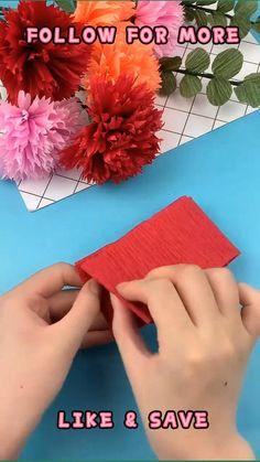 Easy Paper Flowers, Paper Flower Tutorial, Paper Roses, Diy Flowers, Paper Crafts Origami, Fun Diy Crafts, Flower Crafts, Making Ideas, Crepe Paper