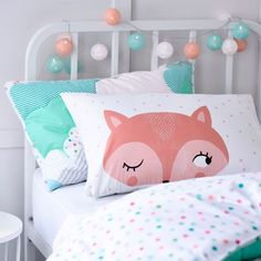 Couldn't find the throw from the video thought this fox pillow case wold work nicely as a substitute https://www.adairs.com.au/adairs-kids/bedroom/pillowcases/adairs-kids/ak-text-pillowcases?colour=Pink