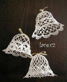 Crochet Snowflake Pattern, Christmas Crochet Patterns, Holiday Crochet, Crochet Snowflakes, Crochet Doilies, Thread Crochet, Crochet Yarn, Crochet Christmas Decorations, Crochet Cactus