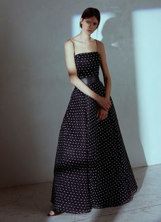 Dresses and jumpsuits Strapless Dress Formal, Formal Dresses, Fringes, Evening Gowns, Latest Trends, Spring Summer, Outfits, Beauty, Feminine Fashion