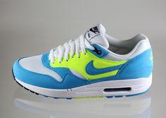Nike wmns Air Max 1 (blau weiss neongelb) - #sneakers #asphaltgold #nike #airmax #airmax1 #airmax180