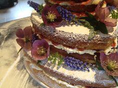 English Country wedding cake