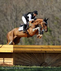 RF Demeter and Marilyn Little - someone misplace their working hunter? (via Chronicle of the Horse)
