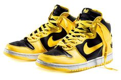 lowest price 44630 2de5d Classics Revisited Wu-Tang x Nike Dunk High (1999)