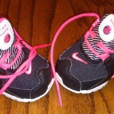 Toddler girls Nike Shox Black, white and hot fusia/pink!!! Nike Shox Shoes