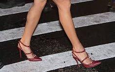 Resultado de imagen para Valentino Knee-High Flat Gladiator Sandal