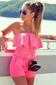 tpretty cool outfit / pink off shoulder jumpsuit + bag