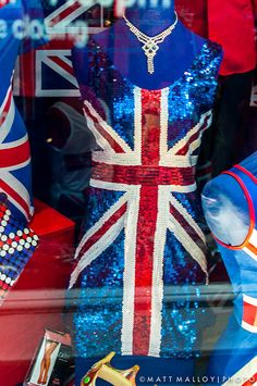 Union Jack sequined dress - it doesnt get classier. So pretty! Union Flags, British Things, Uk Flag, Union Jack, British Style, Red White Blue, Sequin Dress, Playing Dress Up, Fancy Dress