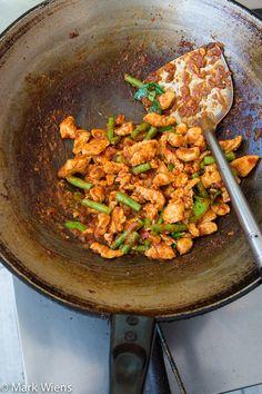 Gai pad prik gaeng recipe (วิธีทำ ไก่ผัดพริกแกง chicken stir fried with Thai red curry paste) - http://www.eatingthaifood.com/2014/06/thai-gai-pad-prik-gaeng-recipe-%E0%B8%A7%E0%B8%B4%E0%B8%98%E0%B8%B5%E0%B8%97%E0%B8%B3-%E0%B9%84%E0%B8%81%E0%B9%88%E0%B8%9C%E0%B8%B1%E0%B8%94%E0%B8%9E%E0%B8%A3%E0%B8%B4%E0%B8%81%E0%B9%81%E0%B8%81/