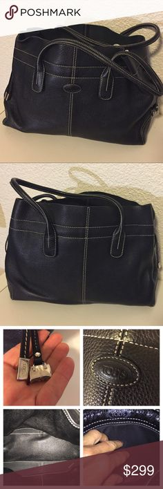 "TOD's bag Great condition. Soft leather. 15"" width/5"" large/11"" depth. Inclus storage bag Tod's Bags Totes"