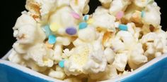 Birthday Cake Popcorn      1 bag of popcorn      1 bag of white chocolate chips      4 heaping tsp yellow cake mix      Sprinkles