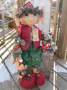 Primitive Raggedy Elf doll pattern 109 Sheldon the Elf Christmas Elf Doll, Felt Christmas Ornaments, Christmas Sewing, Primitive Christmas, Christmas Holidays, Christmas Crafts, Christmas Decorations, Christmas Room, Christmas Stuff