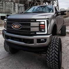 Ford F250 F350 Powerstroke 4x4 Lifted