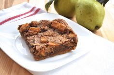 Chewy pear bars -- graham cracker crust & graham cracker, brown sugar, pear filling. Sounds like a great after school treat!