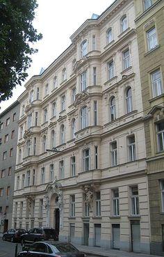 Vienna: Haus-Wickenburggasse 17