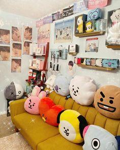 Cute Bedroom Ideas, Bedroom Inspo, Bedroom Decor, Army Bedroom, Girls Bedroom, Bedrooms, Teen Bedroom Organization, Army Room Decor, Ideas Dormitorios