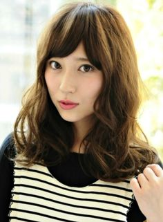 http://img-beautynavi.woman.excite.co.jp/images/style/2014/12/16/df0490e226369a549ded8cc0d0bf0129/485x660/bf95ab073c248de9356226093e705777.jpg