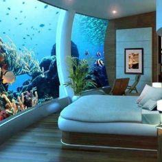 Super Coole slaapkamer met aquarium! Wil ik ook wel-:))
