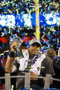Seattle Seahawks - Russell Wilson - World Champions Nike Heels, Nike Boots, New Nike Shoes, Seattle Sehawks, Michael Carter, Nike Flyknit Racer, Football Images, Videos Photos, Seahawks Football