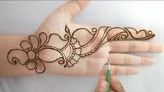 What is a Henna Tattoo? Henna tattoos are becoming very popular, but what precisely are they? Very Simple Mehndi Designs, Henna Tattoo Designs Simple, Latest Arabic Mehndi Designs, Mehndi Designs Book, Back Hand Mehndi Designs, Finger Henna Designs, Mehndi Designs For Girls, Mehndi Designs 2018, Mehndi Designs For Beginners