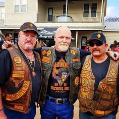 Bandidos Motorcycle Club, Motorcycle Clubs, Bikers, Chopper, Captain Hat, Pie, American, Instagram Posts, Fashion