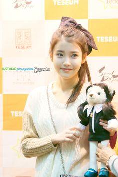 Korean Actresses, Seoul, Kpop Girls, Movie Posters, Woman, Female, Film Poster, Women, Korean Actors