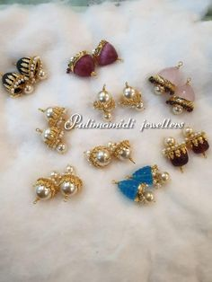 Stunning gold ear studd collection from Pulimamidi jewellers. Gold Jhumka Earrings, Jewelry Design Earrings, Gold Earrings Designs, Gold Jewellery Design, Beaded Jewelry, Gold Chocker, Chocker Necklace, Baby Jewelry, Bar Earrings