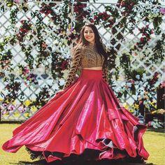 100 Latest Designer Wedding Lehenga Designs for Indian Bride - LooksGud. Lehnga Dress, Lehenga Blouse, Lehenga Choli, Anarkali, Plain Lehenga, Sabyasachi Lehenga Bridal, Heavy Lehenga, Blue Lehenga, Indian Bridal Lehenga