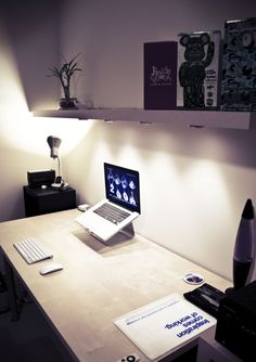 Clean Workspace - I wish my desk was this clean and organized!
