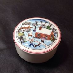 Vintage-Villeroy-amp-Boch-Covered-Porcelain-Trinket-Box-w-Winter-Theme-BEAUTIFUL