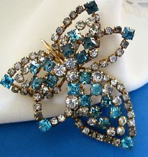 Vintage PHYLLIS 1/20 12K GF Blue Rhinestone Goldtone PIN BROOCH PENDANT d-14