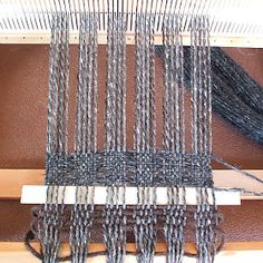 I don't want an entire scarf like this, but am pinning it to remind me of the under/over sequence for weaving *some* empty spaces into a scarf. Previous pinner: Nice way to get texture in a single-color scarf. Card Weaving, Weaving Art, Tapestry Weaving, Loom Weaving, Basket Weaving, Weaving Designs, Weaving Projects, Weaving Patterns, Cricket Loom
