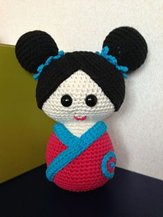 Free Crochet Pattern: Gema, My Kokeshi Doll. January 2014 By Teresa Alvarez. At www.ravelry.com This Doll Is 22 Cm Tall. ༺✿ƬⱤღ  http://www.pinterest.com/teretegui/✿༻