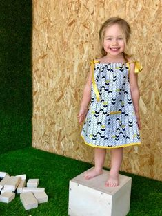 This week we will be showing you our six super hip patterns! Here is our lovely DRESS. It grows along with your little girl from dress to blouse! 100% organic cotton. Available soon in any of our six exclusive ILUS prints. 📦✂️🎉 #diy #ILUS #iloveyousew #thesewrevolution