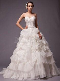 A-line Sweetheart Chapel Train Organza Classic Wedding Dresses