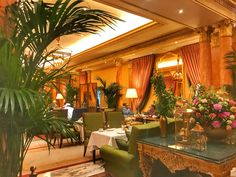 Art Deco afternoon tea at The Dorchester London and Mayfair walking tour