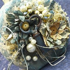 Tattered Treasures: Something Old Challenge! Something Old, Christmas Wreaths, Challenges, Holiday Decor, Flowers, Fun, Royal Icing Flowers, Flower, Florals