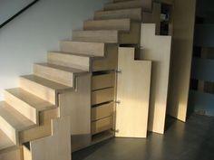 1000 images about envie de rangements sous l 39 escalier - Placard coulissant sous escalier ...