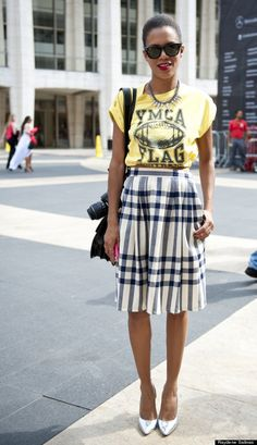 new york fashion week street style | t-shirt and skirt