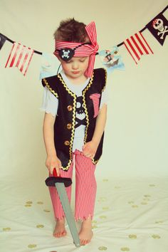 Pirate Costume, Boy Pirate, Captain Hook, Pirate, Skull and Bones, Pirate Party, Baby Boy Pirate, Pirate Night, Pirate Birthday, Pirate Set