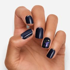 Keep your nails looking fresh with Dashing Diva's unique nail polishes. You'll have heads turning with our newest colors. Shop for nail polish online! Purple Nail, Navy Blue Nails, Maroon Nails, Navy Blue Nail Designs, Dark Grey Nails, Long White Nails, Blue And Silver Nails, Yellow Nail Art, Black Nail Art