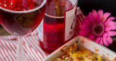 Piękne zdjęcia przeplatają się na blogu ze sprawdzonymi przepisami na: Boże Narodzenie, Wielkanoc, urodziny, rodzinne spotkania, itd. Alcoholic Drinks, Wine, Vegetables, Glass, Food, Drinkware, Alcoholic Beverages, Veggies, Vegetable Recipes