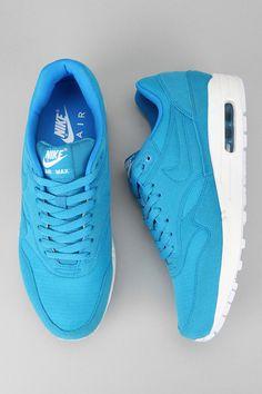 Nike Air Max Sneaker  #UrbanOutfitters