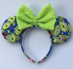 Pixar Accessories for PixarFest! : Pixar Accessories for PixarFest! – Lizzie In Adventureland Disney Ears Headband, Diy Disney Ears, Disney Headbands, Disney Mickey Ears, Disney Diy, Ear Headbands, Disney Crafts, Minnie Mouse, Disney Nerd