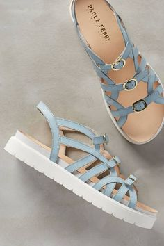 Charming Summer Shoes from 29 of the Stunning Summer Shoes collection is the most trending shoes fashion this season. This Summer Shoes look. Pretty Shoes, Cute Shoes, High Heel Boots, Shoe Boots, Look Fashion, Fashion Shoes, Fashion Jewelry, Shoe Wardrobe, Frauen In High Heels